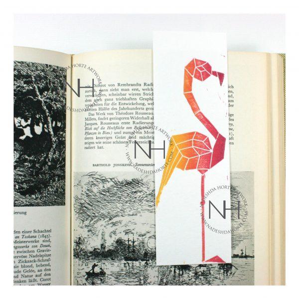 Lesezeichen, Geometrischer Falmingo, Gelb, Pink im Buch, Nadeshda Horte